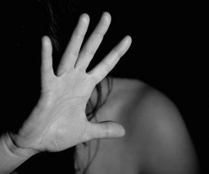 Cernusco, aggredita una donna in via Corridoni